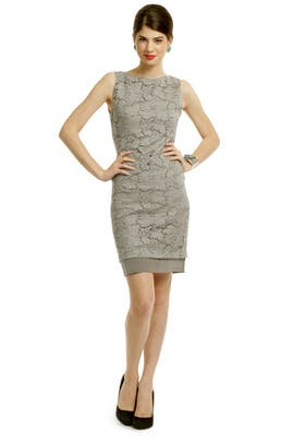 Vera Wang - Corded Lace Sheath Dress